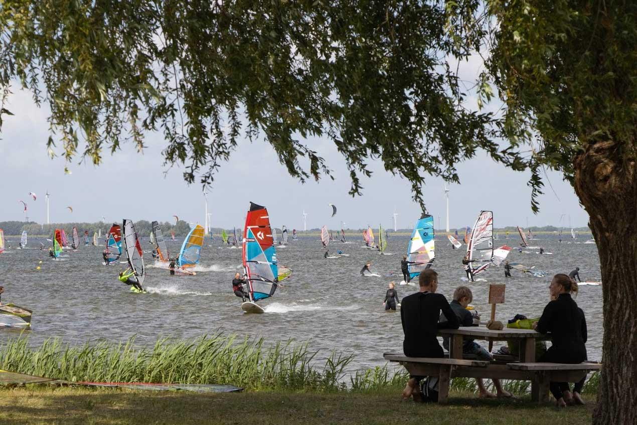 Surfen-water-view1